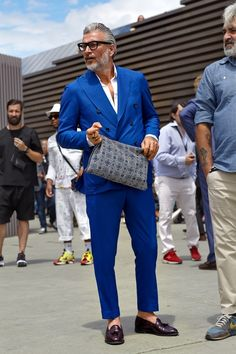 Pitti Uomo 2015 // All blue. #axelarigato #streetstyle #pittiuomo