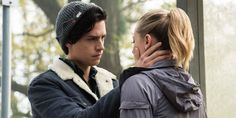 """Riverdale -- """"Chapter Six: Faster, Pussycats!"""" -- Image Number: -- Pictured (L-R): Cole Sprouse as Jughead Jones and Lili Reinhart as Betty Cooper -- Photo: Dean Buscher/The CW -- © 2017 The CW Network. All Rights Reservepn Sprouse Cole, Sprouse Bros, Riverdale Season 1, Bughead Riverdale, Riverdale Archie, Riverdale Quotes, Riverdale Poster, Riverdale Netflix, Watch Riverdale"""