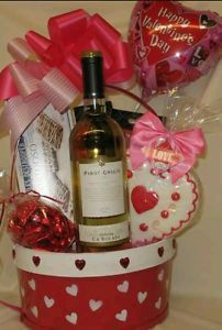 Valentine S Day Gift Basket For Him And Her Gift Ideas Oh Yeah