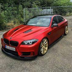BMW - The best images of cool cars that start with the letter M. BMW etc. Not only from BMW. Cool cars belonging to Mercedez, Lamborghini, etc. Also have cars that start with the letter M. Suv Bmw, Bmw Cars, Alfa Cars, Bmw F10 M5, Carros Audi, Car For Teens, Bmw Performance, Bmw Autos, Exotic Sports Cars