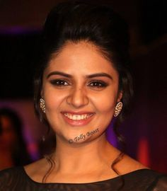Glamorous Indian TV Model Actress Sreemukhi Smiling Face Closeup Stills Bollywood Wallpaper CHANDRA SHEKHAR AZAD - (23 JULY 1906 - 27 FEBRUARY 1931) PHOTO GALLERY  | PBS.TWIMG.COM  #EDUCRATSWEB 2020-07-22 pbs.twimg.com https://pbs.twimg.com/media/EAICUzWU8AAtmfC?format=jpg&name=small