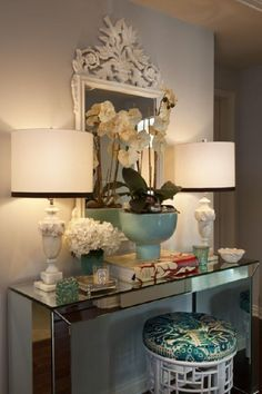 the Parsons mirrored console is gorgeous! I'd end up with fingerprints all over it but it's so pretty to see!
