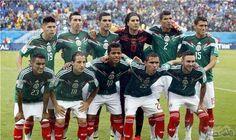 """المنتخب المكسيكي يخوض منافسات الكأس الذهبية بقيادة فنية """"عن بعد"""": أكد المدرب المساعد، الكولومبي لويس بومبييو بايز، الذي يقود فريق المنتخب…"""