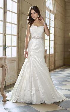 sexy-sweetheart-strapless-lace-a-line-split-wedding-dress