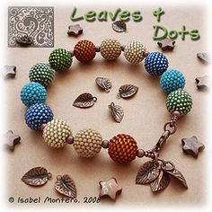 Leaves & Dots bracelet by Sabella.mc #beaded #beads #Sabella