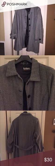 Totes Coat Black and white belted Totes coat. Perfect for the Winter months! 5 buttons with exterior pockets. totes Jackets & Coats Pea Coats