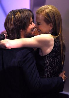 keith urban and nicole kidman kissing | CMT : Photos : All Keith Urban Pictures : Sneaking a Kiss (266 of 673)