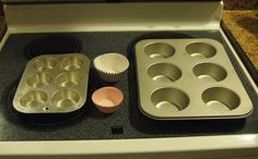 How to Adjust a Muffin Recipe for Jumbo Size Muffins: 11 Steps (oven 25 degrees lower, bake for 5 additional minutes) Cupcake Pan Recipes, Muffin Pan Recipes, Candy Cakes, Cupcake Cakes, Cupcakes, Bakery Muffins, Jumbo Muffins, Muffin Bread, Blue Berry Muffins