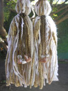 Borlas decorativas - Tassels Diy Tassel, Tassel Jewelry, Tassels, Jewelery, Tassel Curtains, Hanging Crystals, Passementerie, Craft Bags, Fabric Beads