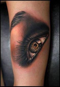 amazing eye tattoo by Rich Pineda