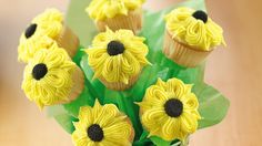 This delightful edible bouquet is perfect for a bridal shower, garden party or Mother's Day celebrations.