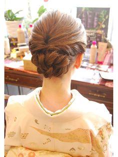 Updo Styles, Long Hair Styles, Bun Hairstyles, Wedding Hairstyles, Hair Arrange, Wedding Hair Inspiration, How To Make Hair, Hair Hacks, Hair Trends