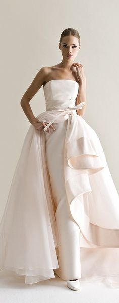 <3 Antonio Riva <3 #weddingdress repinned by wedding accessories and gifts specialists http://destinationweddingboutique.com