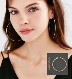 40d6befd7 Over-sized Hoop Earrings': 90s-Style Fashions and Jewelry making a comeback