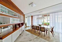 Sala de jantar: Salas de jantar translation missing: br.style.salas-de-jantar.moderno por Espaço do Traço arquitetura