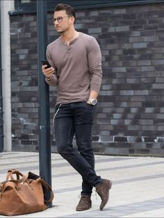 Cute 35+ Best Men's Casual Outfits Ideas That Can Make You Look Handsome https://www.tukuoke.com/35-best-mens-casual-outfits-ideas-that-can-make-you-look-handsome-15302