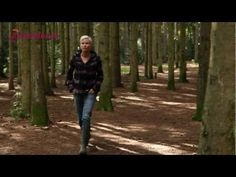 Het is vandaag Wereldreumadag. Vandaar dit korte filmpje van Anita Witzier, waarin zij verteld over haar omgang met reuma. #tofmens
