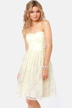 You'll float across the dance floor in the airy elegance of the Lotus Dance Strapless Cream Embroidered Dress! Grad Dresses, Bridesmaid Dresses, Junior Cocktail Dresses, Online Dress Shopping, Sweet Dress, Wedding Dress Styles, Occasion Dresses, Pretty Dresses, Strapless Dress
