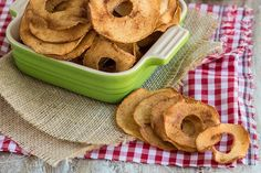Baked Cinnamon Apple Chips. Healthy Dessert Perfection.
