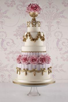 Lookbook: vintage #wedding cake ideas http://www.weddingandweddingflowers.co.uk/article/98/lookbook-vintage-wedding-cake-ideas