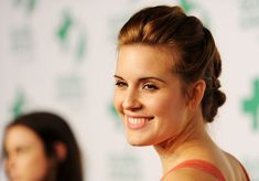 Maggie Grace hairstyle...she's my favorite actress!