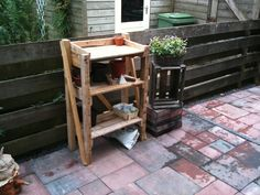 garden etagere from 1 disposable pallet