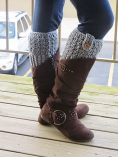 365 Crochet: Bailey Boot Cuffs -free crochet pattern-