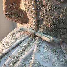 Embroidery Fashion Haute Couture Ana Rosa 63 Ideas For 2019 Cinderella Aesthetic, Princess Aesthetic, Couture Details, Fashion Details, Fashion Design, City Fashion, Beauty And Fashion, Ladies Fashion, Luxury Fashion