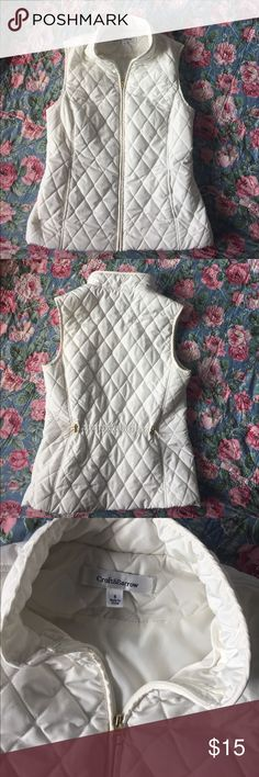 "Ecru 🔶 quilted vest w/pockets Awesome completer piece with gold zipper and back cinch for extra detail. 19"" pit2pit and 23"" length. Quite roomy for a small, fits more like a med. croft & barrow Jackets & Coats Vests"