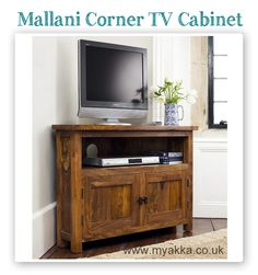 #MondayMorningReview time! Thank you Bridget : 'I love the cabinet, it fits perfectly in the corner of my living room, the brochure showed a very accurate picture of this cabinet in terms of how beautiful the wood is/the tone and colour of the wood. Very nice indeed.'  Bridget from Blaydon-on-Tyne bought the Mallani Corner TV Cabinet
