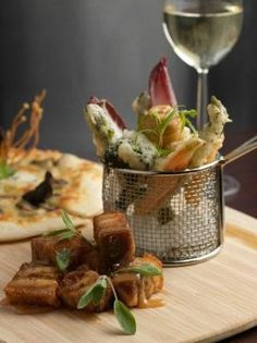 A luscious travel guide to Hobart, Tasmania, a small and beautiful city in Southern Australia, renowned for incredible food and wine, and scenery. Melbourne Food, Tasmania, Wine Recipes, Delicious Food, Tapas, Armchair, Table Settings, Australia, Restaurant