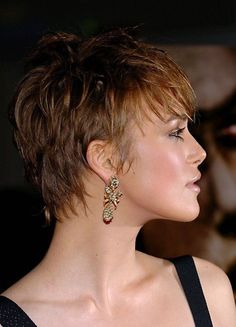 Best Short Pixie Hairstyles for Women Keira-Knightley-Short-Pixie-Haircuts Bob Hairstyles For Fine Hair, Thin Hair Haircuts, Pixie Hairstyles, Short Hairstyles For Women, Black Hairstyles, Celebrity Hairstyles, Braided Hairstyles, Short Thin Hair, Short Hair Cuts For Women
