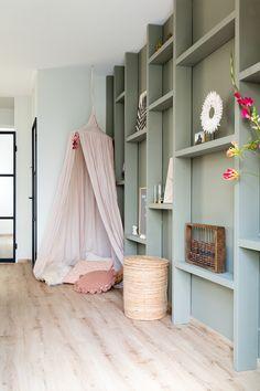 Regal Design, Küchen Design, House Design, Interior Design, Built In Furniture, Home Furniture, Painting Fabric Furniture, Amazing Decor, Living Styles