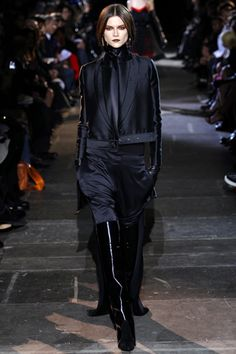 Givenchy Fall 2012 Ready-to-Wear Collection Slideshow on Style.com