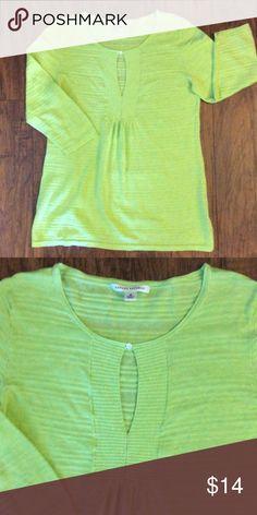 🌸Banana Republic Shirt🌸 Beautiful lime green shirt. 100% cotton. Banana Republic Tops