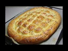 Reteta Paine turceasca/ Turkish bread/ subtitled in English Focaccia Pizza, Bread Shaping, Good Food, Yummy Food, Eastern Cuisine, Romanian Food, Just Bake, Cooking Recipes, Healthy Recipes
