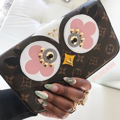 822039b69f56 26 Best •hand bags• images