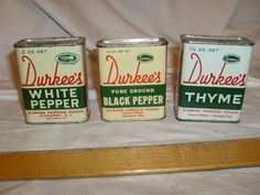 Lot Vintage Spice Tins Cans~Durkee's WHITE PEPPER, BLACK PEPPER, THYME DISPLAY #DURKEES