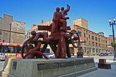 Public Art in Chicago: Loop [Haymarket Memorial - by Mary Brogger].