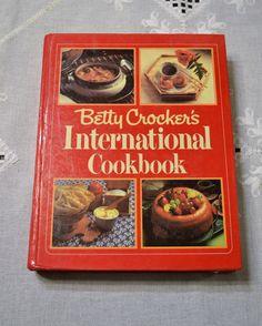 Betty Crocker International Cookbook Vintage Book by PanchosPorch