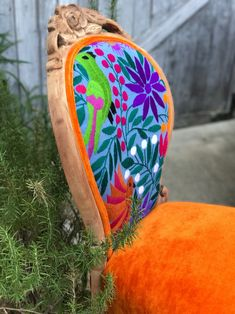 Old Chairs Ideas Upcycling - - - - Red Velvet Dining Chairs Funky Furniture, Classic Furniture, Furniture Makeover, Painted Furniture, Refinished Furniture, Furniture Nyc, Furniture Removal, Colorful Furniture, Furniture Stores