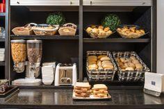 Comfort Hotel Champigny sur Marne (Maranatha Hotels) _ Buffet petit-déjeuner _ Breakfast buffet