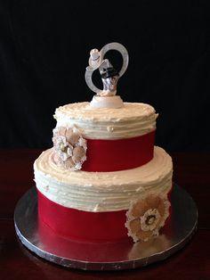 Rustic textured wedding cake. Dee Miller, Mt. Sterling, KY