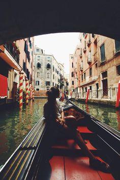 Venice boat tour .