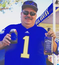 """See 3738 photos from 24030 visitors about bruins, rose bowl, and eminem. """"One of the best things about Rose Bowl events is the tailgating that happens. Ucla Bruins Football, Football Fans, Rose Bowl Stadium, Jack Daniels, Eminem, Bud, Four Square, Human Eye"""