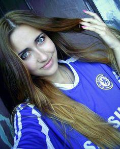 Chelsea Girl 171 Chelsea Fans, Chelsea Girls, Hot Football Fans, Flawless Beauty, Sporty Girls, Brunettes, Fifa, Sexy Women, Soccer