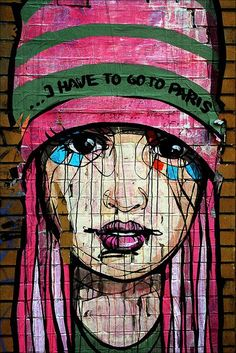 """I HAVE TO GO TO PARIS"" ღღ Streetart Berlin 