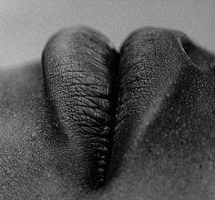 Isabel Muñoz / lips / black and white / photography Foto Picture, Photo D Art, Diane Arbus, Matt Hardy, Body Photography, Female Photography, Photography Ideas, Lip Service, Black And White Photography