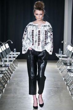 Adrian Oianu inspired by the #RomanianBlouse #LaBlouseRoumaine #RomanianDesign