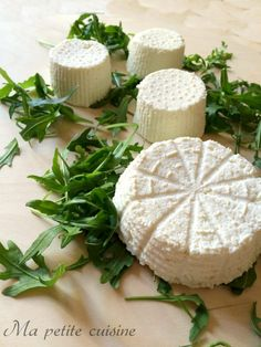 Ricotta, Biscotti Cookies, Salty Foods, Romanian Food, Homemade Cheese, Best Chef, How To Make Cheese, Kefir, Antipasto